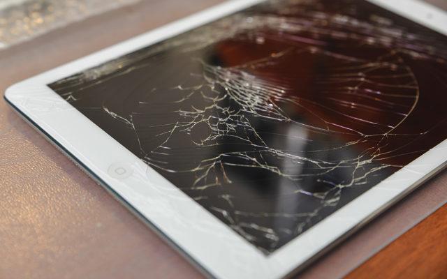 zamena stekla tachskrina na apple ipad 640x400 - Замена стекла (тачскрина) на Apple iPad