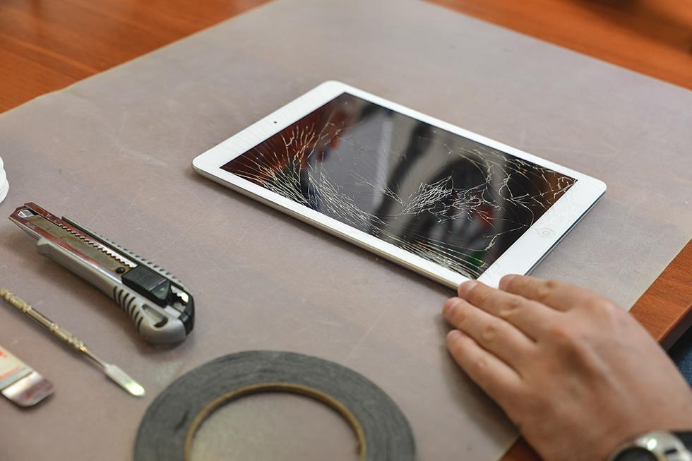 30b6583c69e64c3110e466661d680100 - Замена стекла (тачскрина) на Apple iPad