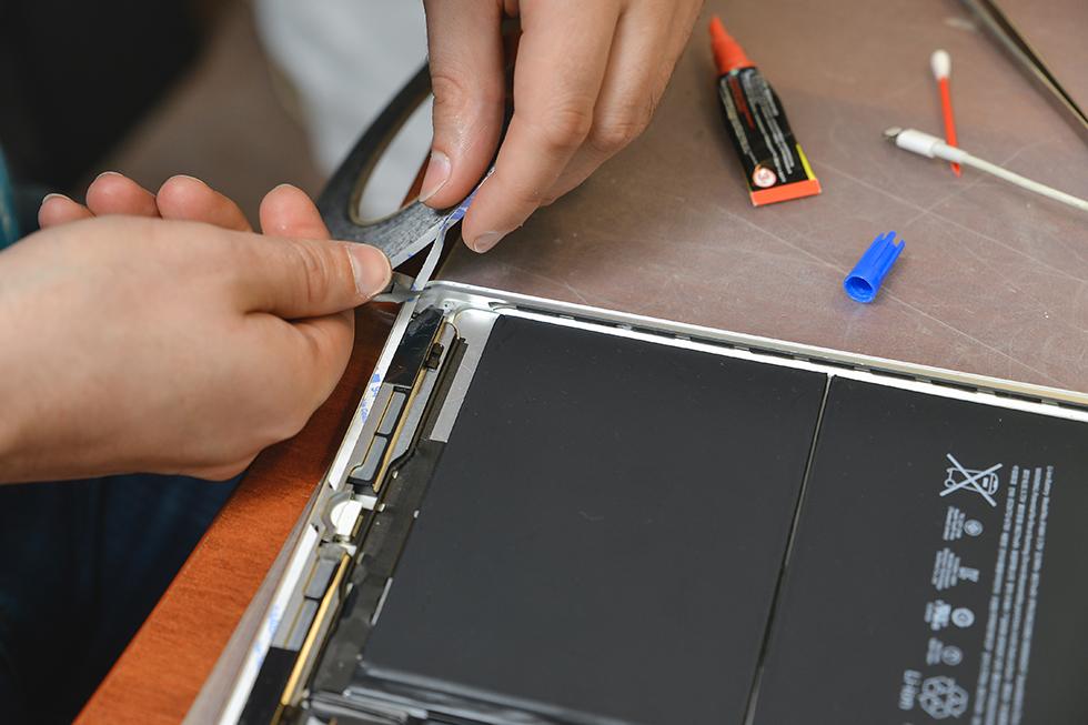 532fddd59ed898508f3c1bc103af6357 - Замена стекла (тачскрина) на Apple iPad