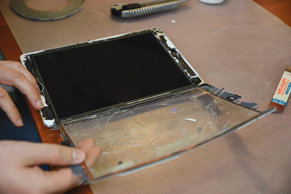 926be8af06c0438eebb64e007dd992b0 - Замена стекла (тачскрина) на Apple iPad
