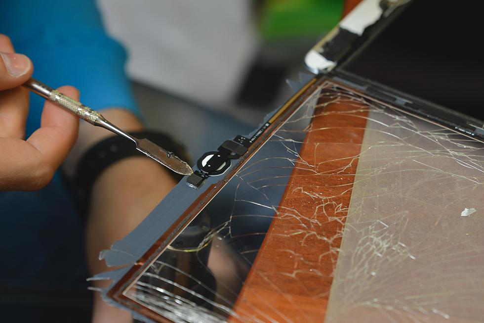 a7b419161b6c11a27938963da6199fd2 - Замена стекла (тачскрина) на Apple iPad