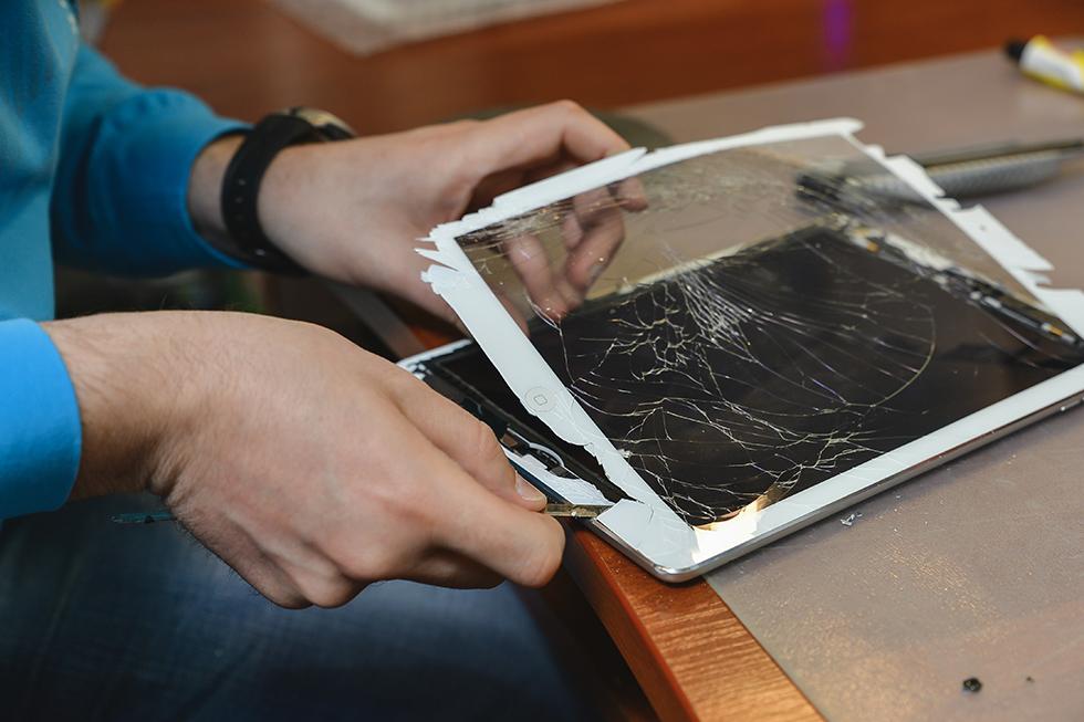 f61c91a49043a99349df4d025a312e9e - Замена стекла (тачскрина) на Apple iPad